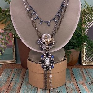 Adorned Crown Haskell blue cameo layer necklace